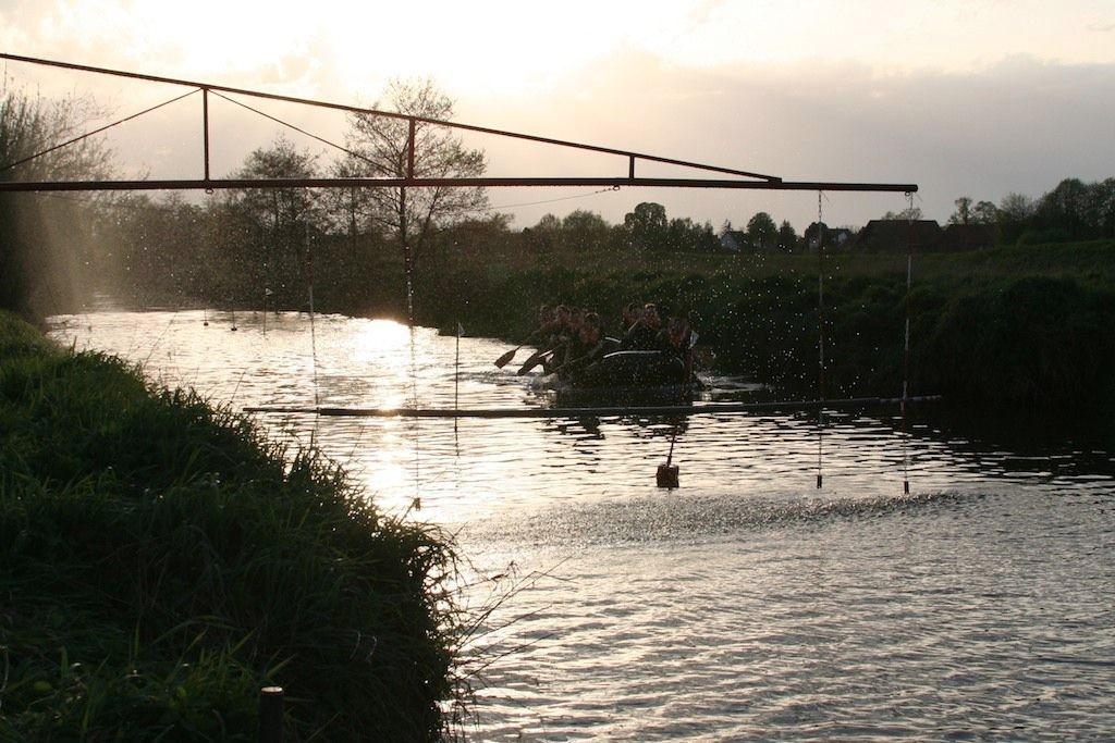 Schlauchbootwettbewerb 2012