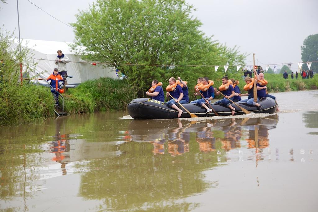 Schlauchbootwettbewerb 2014